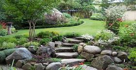 Рокарий, или каменный сад: оригинальные идеи для вашего двора